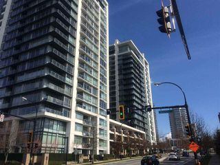 "Photo 1: 1006 1320 CHESTERFIELD Avenue in North Vancouver: Central Lonsdale Condo for sale in ""Vista Place"" : MLS®# R2250057"