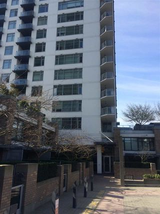 "Photo 4: 1006 1320 CHESTERFIELD Avenue in North Vancouver: Central Lonsdale Condo for sale in ""Vista Place"" : MLS®# R2250057"