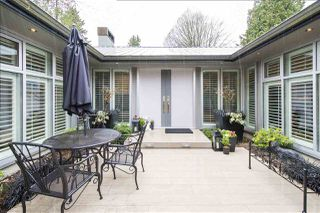 "Photo 2: 6187 MACKENZIE Street in Vancouver: Kerrisdale House for sale in ""Kerrisdale"" (Vancouver West)  : MLS®# R2251234"