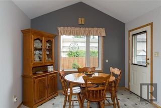 Photo 10: 10 Kinrade Place in Winnipeg: Charleswood Residential for sale (1G)  : MLS®# 1820260