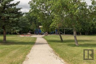 Photo 20: 10 Kinrade Place in Winnipeg: Charleswood Residential for sale (1G)  : MLS®# 1820260