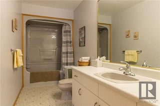 Photo 16: 10 Kinrade Place in Winnipeg: Charleswood Residential for sale (1G)  : MLS®# 1820260