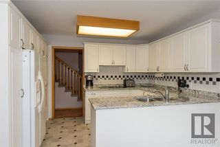 Photo 7: 10 Kinrade Place in Winnipeg: Charleswood Residential for sale (1G)  : MLS®# 1820260