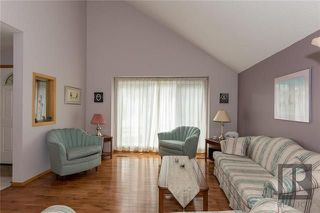 Photo 4: 10 Kinrade Place in Winnipeg: Charleswood Residential for sale (1G)  : MLS®# 1820260