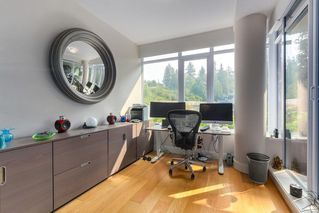 "Photo 16: 302 866 ARTHUR ERICKSON Place in West Vancouver: Park Royal Condo for sale in ""EVELYN"" : MLS®# R2298787"