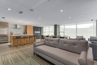 "Photo 18: 302 866 ARTHUR ERICKSON Place in West Vancouver: Park Royal Condo for sale in ""EVELYN"" : MLS®# R2298787"