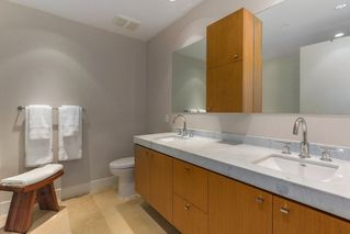 "Photo 14: 302 866 ARTHUR ERICKSON Place in West Vancouver: Park Royal Condo for sale in ""EVELYN"" : MLS®# R2298787"