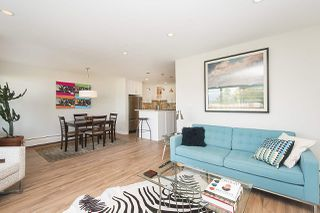 "Photo 3: 304 2255 YORK Avenue in Vancouver: Kitsilano Condo for sale in ""BEACH HOUSE"" (Vancouver West)  : MLS®# R2301531"
