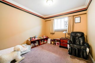 Photo 11: 5545 WILLINGDON Avenue in Burnaby: Central Park BS House for sale (Burnaby South)  : MLS®# R2304016