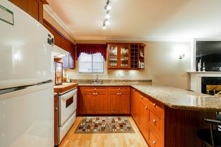 Photo 16: 5545 WILLINGDON Avenue in Burnaby: Central Park BS House for sale (Burnaby South)  : MLS®# R2304016