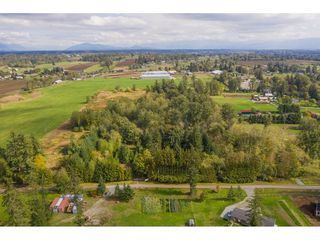 Photo 6: 2538 236 Street in Langley: Campbell Valley House for sale : MLS®# R2309962