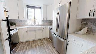 Photo 2: 301 1026 Johnson St in VICTORIA: Vi Downtown Condo Apartment for sale (Victoria)  : MLS®# 801151