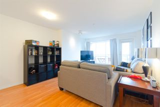"Photo 18: 302 335 CARNARVON Street in New Westminster: Downtown NW Condo for sale in ""KINGS GARDEN"" : MLS®# R2320982"