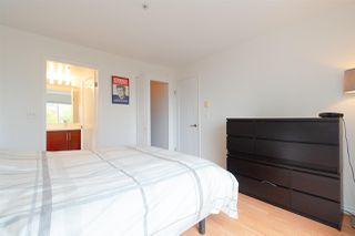 "Photo 9: 302 335 CARNARVON Street in New Westminster: Downtown NW Condo for sale in ""KINGS GARDEN"" : MLS®# R2320982"