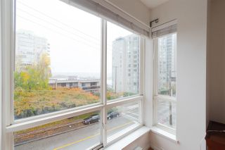 "Photo 11: 302 335 CARNARVON Street in New Westminster: Downtown NW Condo for sale in ""KINGS GARDEN"" : MLS®# R2320982"