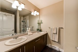 """Photo 12: 15 18211 70TH Avenue in Surrey: Cloverdale BC Townhouse for sale in """"AUGUSTA WALK"""" (Cloverdale)  : MLS®# R2322971"""