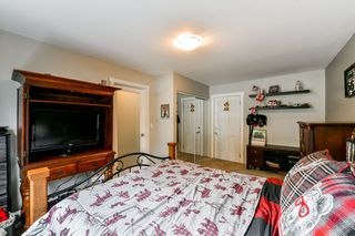 """Photo 15: 15 18211 70TH Avenue in Surrey: Cloverdale BC Townhouse for sale in """"AUGUSTA WALK"""" (Cloverdale)  : MLS®# R2322971"""
