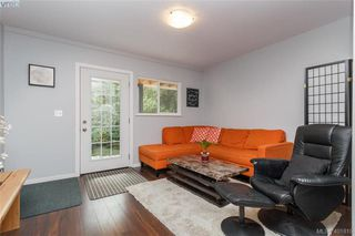 Photo 25: 673 LATORIA Road in VICTORIA: Co Latoria Single Family Detached for sale (Colwood)  : MLS®# 401815