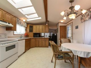 Photo 12: 37 4714 Muir Rd in COURTENAY: CV Courtenay East Manufactured Home for sale (Comox Valley)  : MLS®# 803028
