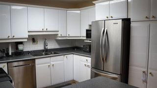 Photo 7: 18208 74 Avenue NW in Edmonton: Zone 20 House for sale : MLS®# E4140001