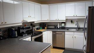 Photo 6: 18208 74 Avenue NW in Edmonton: Zone 20 House for sale : MLS®# E4140001