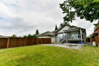 Photo 18: 6673 184 Street in Surrey: Cloverdale BC House for sale (Cloverdale)  : MLS®# R2344926
