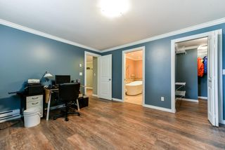 Photo 14: 6673 184 Street in Surrey: Cloverdale BC House for sale (Cloverdale)  : MLS®# R2344926