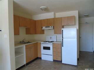 Photo 12: 402 P Avenue South in Saskatoon: Pleasant Hill Multi-Family for sale : MLS®# SK762093