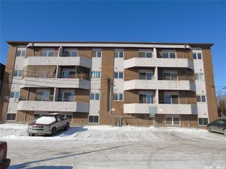 Photo 1: 402 P Avenue South in Saskatoon: Pleasant Hill Multi-Family for sale : MLS®# SK762093