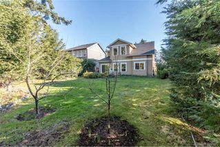 Photo 11: 2307 Chilco Rd in VICTORIA: VR Six Mile Single Family Detached for sale (View Royal)  : MLS®# 808892