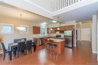 Photo 6: 2307 Chilco Rd in VICTORIA: VR Six Mile Single Family Detached for sale (View Royal)  : MLS®# 808892