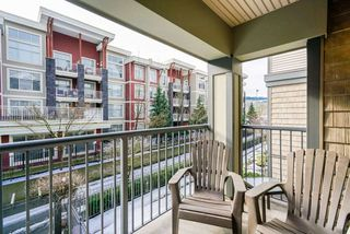 Photo 11: 209 2468 ATKINS Avenue in Port Coquitlam: Central Pt Coquitlam Condo for sale : MLS®# R2353039