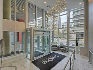 "Photo 15: 807 38 W 1ST Avenue in Vancouver: False Creek Condo for sale in ""THE ONE"" (Vancouver West)  : MLS®# R2355238"