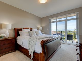 Photo 13: 848 Rainbow Crescent in VICTORIA: SE High Quadra Row/Townhouse for sale (Saanich East)  : MLS®# 410365