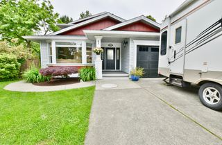 Photo 40: 18361 59A Avenue in Surrey: Cloverdale BC House for sale (Cloverdale)  : MLS®# R2373873