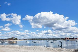 Photo 3: MISSION BEACH Condo for sale : 3 bedrooms : 819 Nantasket Ct in San Diego