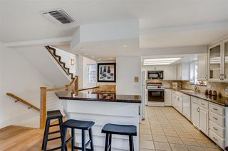 Photo 10: MISSION BEACH Condo for sale : 3 bedrooms : 819 Nantasket Ct in San Diego