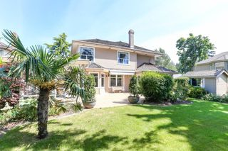 Photo 17: 15034 22 Avenue in White Rock: Sunnyside Park Surrey House for sale (South Surrey White Rock)  : MLS®# R2380431