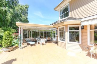 Photo 19: 15034 22 Avenue in White Rock: Sunnyside Park Surrey House for sale (South Surrey White Rock)  : MLS®# R2380431