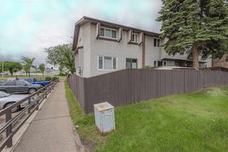 Photo 2: 17 14205 82 Street in Edmonton: Zone 02 Townhouse for sale : MLS®# E4165239