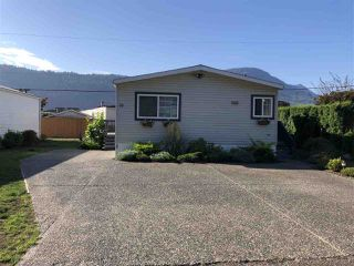 """Main Photo: 55 5742 UNSWORTH Road in Chilliwack: Vedder S Watson-Promontory Manufactured Home for sale in """"CEDAR GROVE MOBILE HOME PARK"""" (Sardis)  : MLS®# R2393027"""