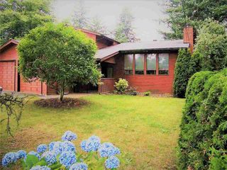 Main Photo: 14017 24 Avenue in Surrey: Sunnyside Park Surrey House for sale (South Surrey White Rock)  : MLS®# R2393152