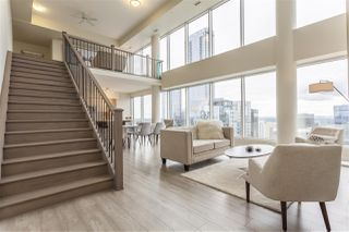 Photo 2: 3201 10410 102 Avenue in Edmonton: Zone 12 Condo for sale : MLS®# E4168929