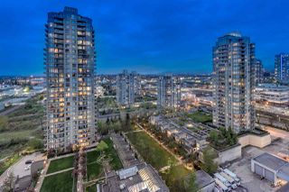 "Photo 1: 1904 2355 MADISON Avenue in Burnaby: Brentwood Park Condo for sale in ""ONE MADISON AVE"" (Burnaby North)  : MLS®# R2397840"