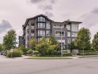 Photo 8: 117 550 Seaborne Place: Condo for sale : MLS®# R2405048