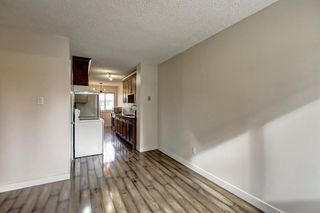 Photo 12: 4407 33 Avenue SW in Calgary: Glenbrook House for sale : MLS®# C4272011