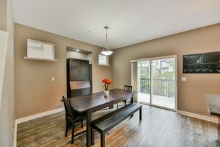 """Photo 4: 26 19932 70 Avenue in Langley: Willoughby Heights Townhouse for sale in """"Summerwood"""" : MLS®# R2414284"""