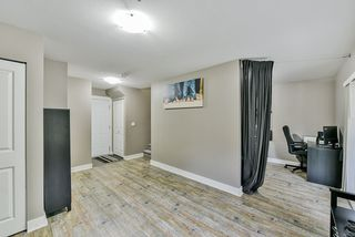 """Photo 16: 26 19932 70 Avenue in Langley: Willoughby Heights Townhouse for sale in """"Summerwood"""" : MLS®# R2414284"""