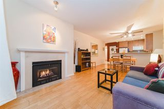 "Photo 4: 301 2195 W 5TH Avenue in Vancouver: Kitsilano Condo for sale in ""Hearthstone"" (Vancouver West)  : MLS®# R2427284"