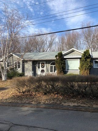 Photo 1: 53 Duchess Avenue in Trenton: 107-Trenton,Westville,Pictou Residential for sale (Northern Region)  : MLS®# 202000358